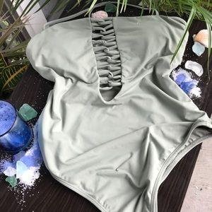 NWT O' Neill Salt Water One Piece Swimsuit